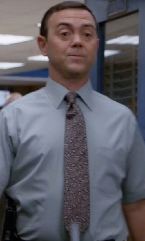 Joe Lo Truglio with Brooks Brothers Paisley Tie in Brooklyn Nine-Nine