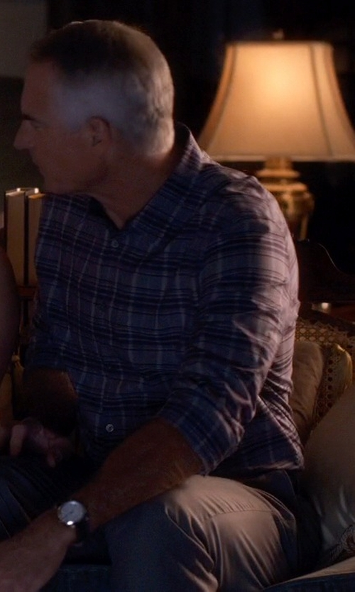 Jim Abele with Home Source Industries Traditional Cappuccino Table Lamp in Pretty Little Liars