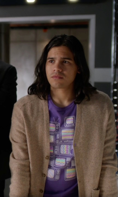 Carlos Valdes with Dsquared2 Cardigan Sweater in The Flash