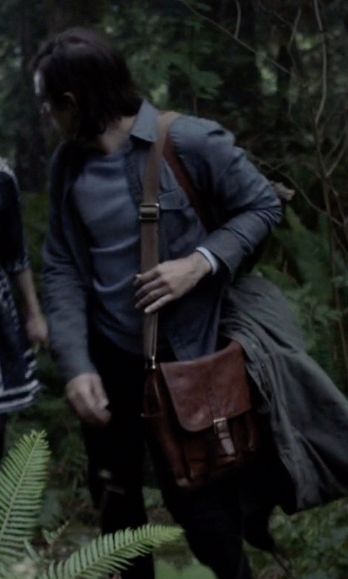 Jason Ralph with Shinola Leather East-West Messenger Bag in The Magicians