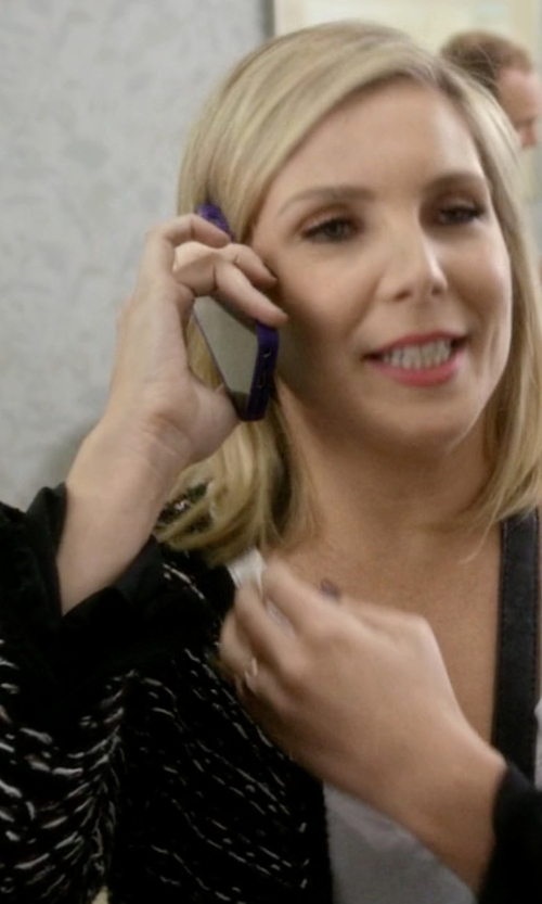 June Diane Raphael with Minkpink Smoke On The Water Cardigan in Grace and Frankie