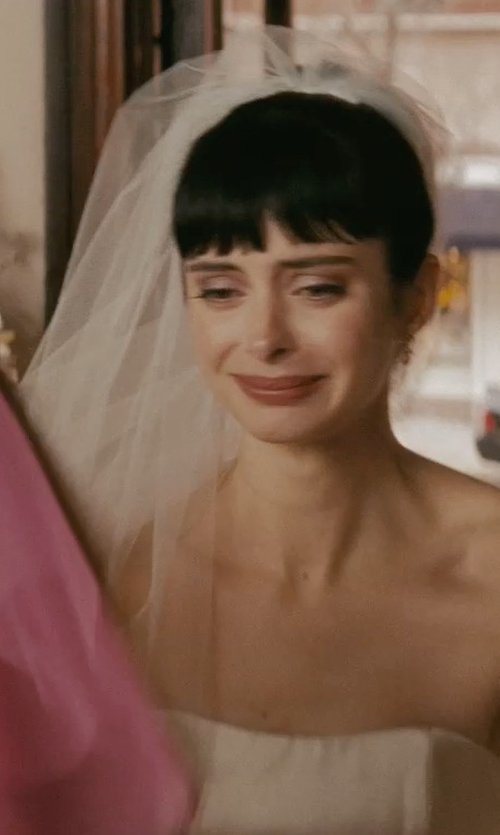 Krysten Ritter with David's Bridal Satin Veil With Ribbon Trim And Blusher in Confessions of a Shopaholic