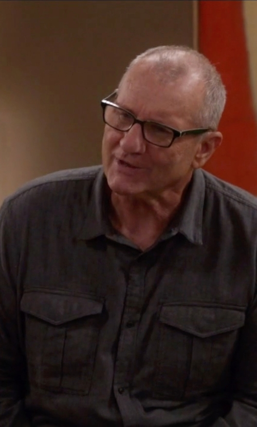 Ed O'Neill with Ralph Lauren Cotton Jaspé Workshirt in Modern Family