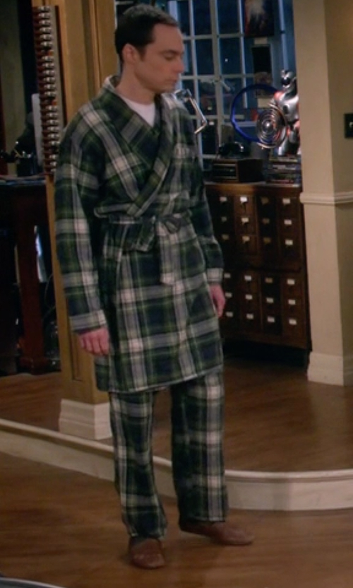 Jim Parsons with Hush Puppies Lombardy Elephant Slippers in The Big Bang Theory