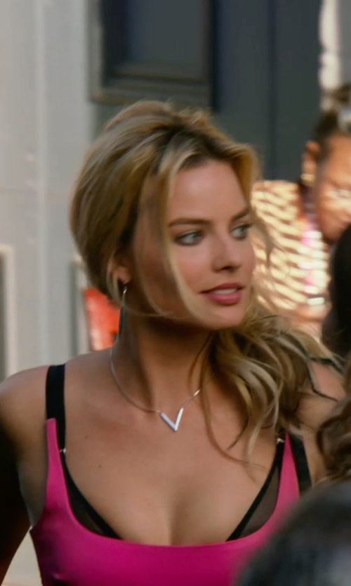 Margot Robbie with Ippolita Sterling Silver Stella V Shape Diamond Pendant Necklace in Focus