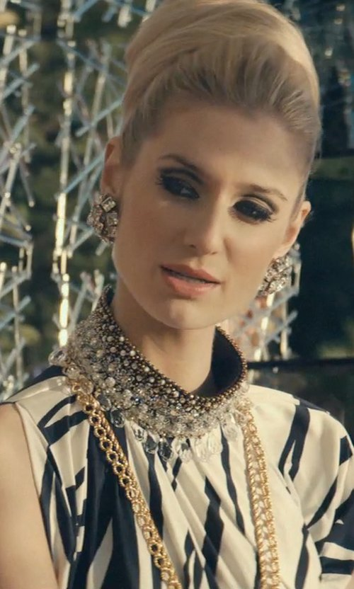 Elizabeth Debicki with David Yurman Small Box Chain Necklace in The Man from U.N.C.L.E.