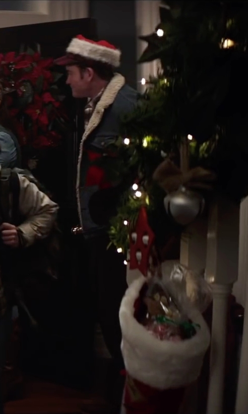 David Koechner with Slate & Stone Snap Button Faux Shearling Lining Jacket in Krampus
