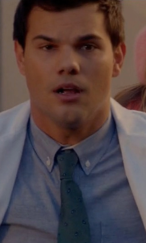 Taylor Lautner with Kiton Floral Printed Silk Tie in Scream Queens