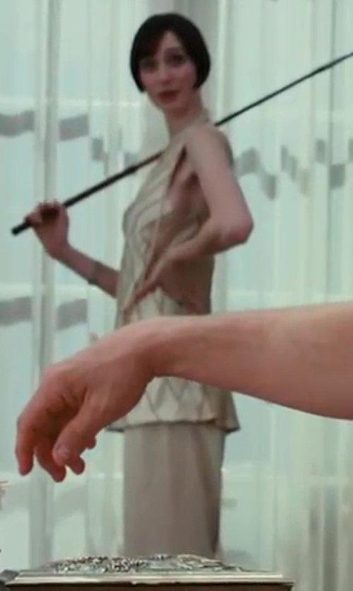 Elizabeth Debicki with Tara Jarmon Wide Leg Trouser in The Great Gatsby