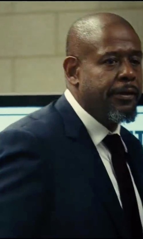 Forest Whitaker with Bar III Dark Blue Pindot Slim-Fit Suit in Taken 3
