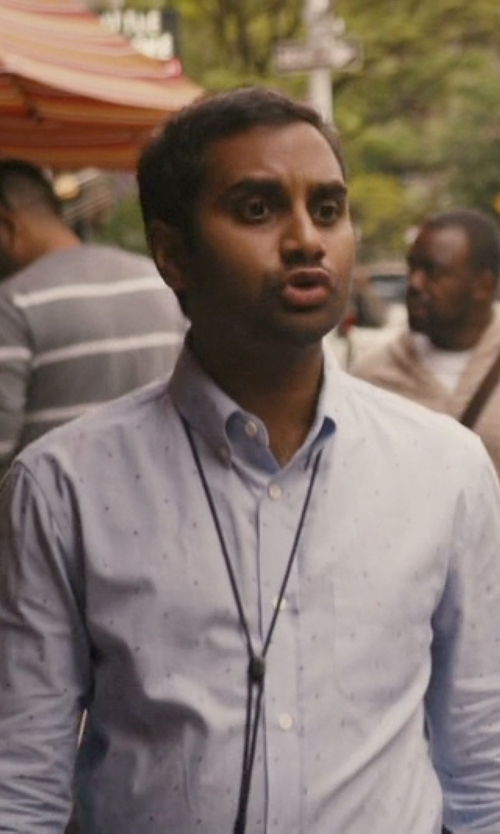 Aziz Ansari with Pure Dotted Sportshirt in Master of None