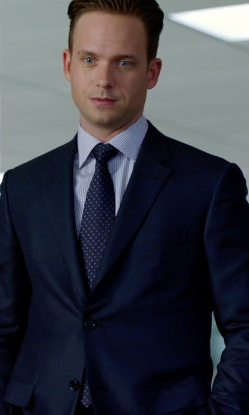 Patrick J. Adams with Canali Two Piece Suit in Suits