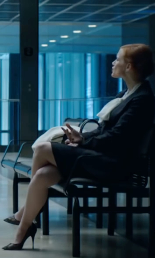 Jessica Chastain with Stuart Weitzman Nouveau Patent Point-Toe Pumps in Miss Sloane