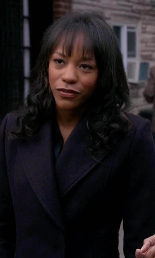 Anika Noni Rose with Jean Paul Gaultier Vintage Oversized Blazer in The Good Wife