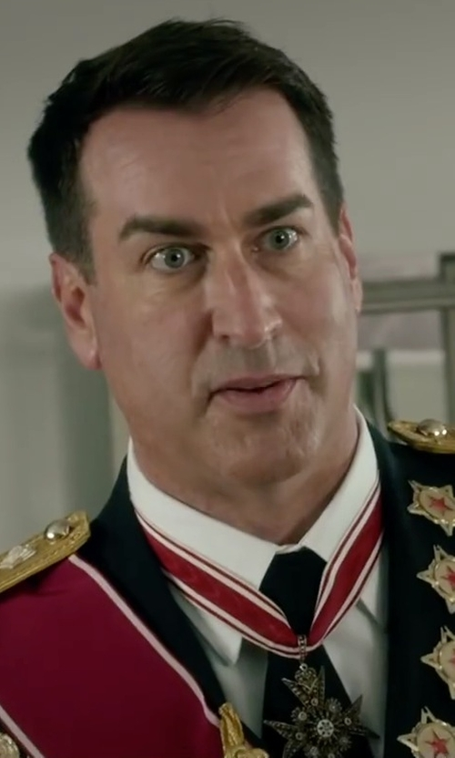 Rob Riggle with Brook Brothers Solid Repp Tie in Absolutely Anything