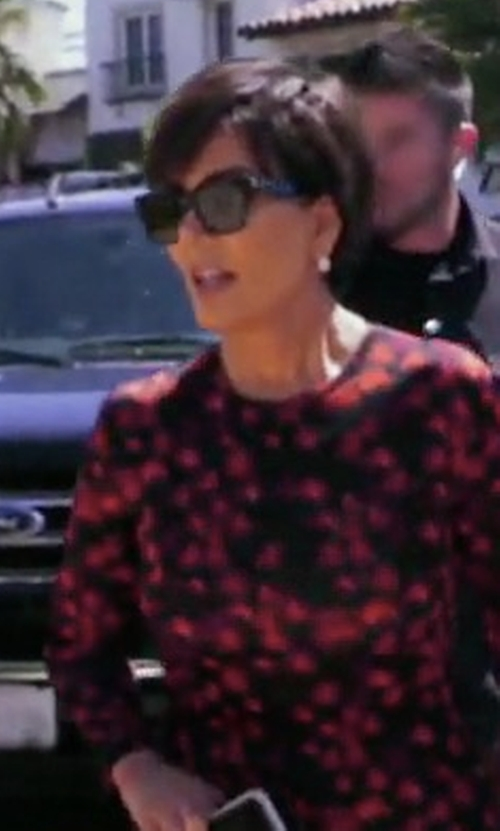Kris Jenner with Givenchy Acetate Angular Sunglasses in Keeping Up With The Kardashians