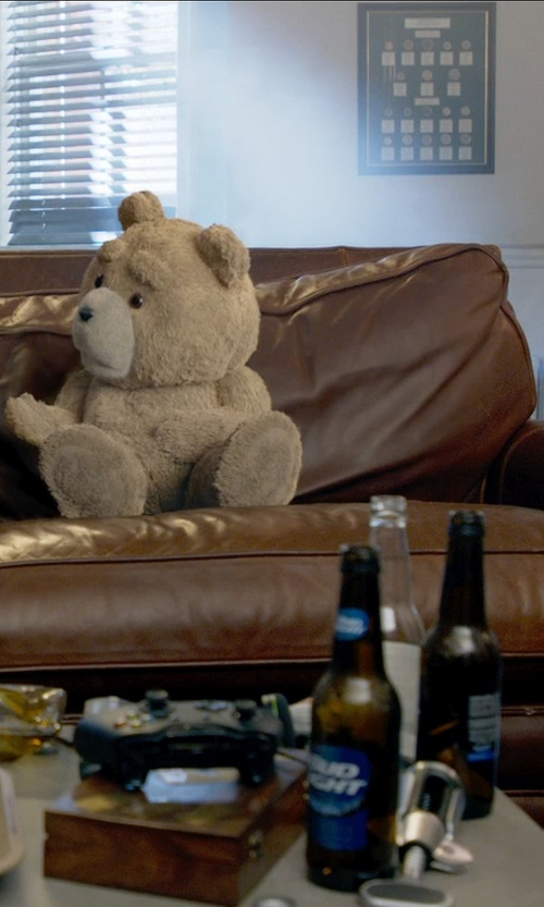 Seth MacFarlane with Bud Light Beer in Ted 2