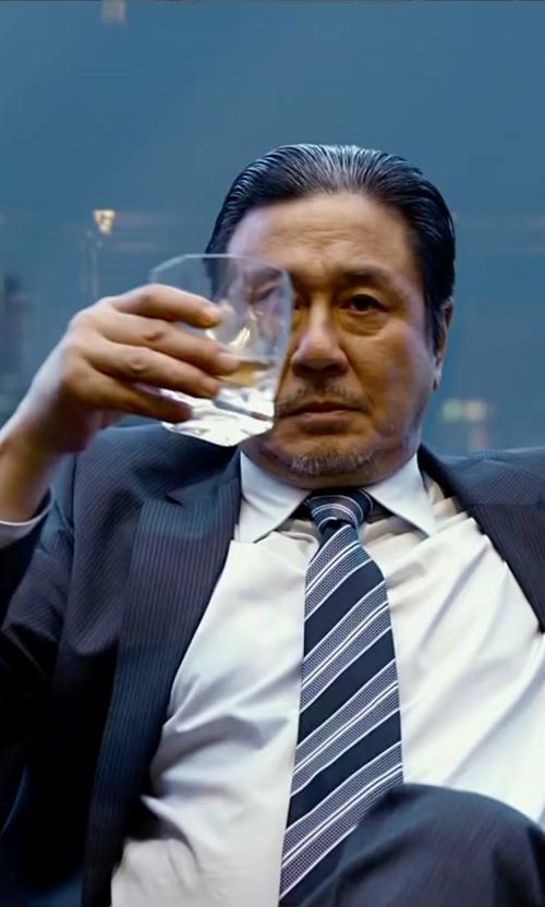 Min-Sik Choi with Luigi Bormioli Crescendo Whiskey Glass in Lucy