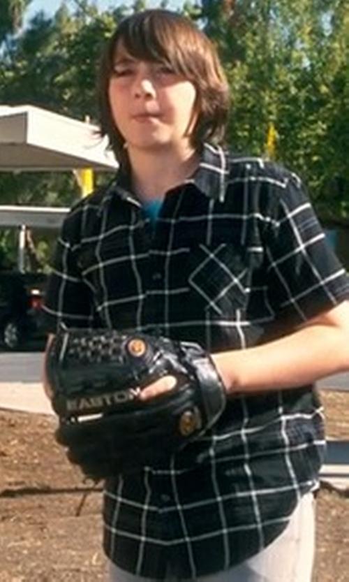 Jonah Bobo with Easton Baseball Glove in Crazy, Stupid, Love.
