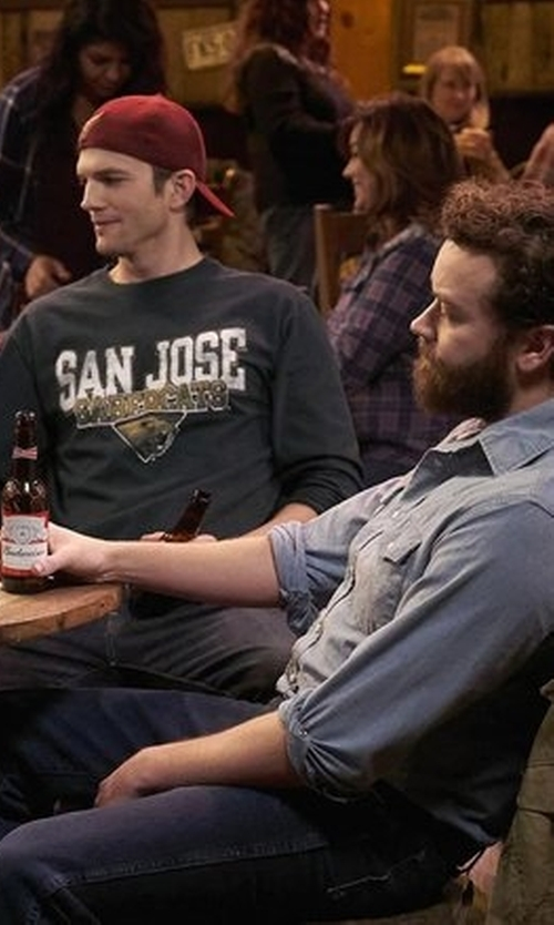 Danny Masterson with Budweiser The King of Beers in The Ranch