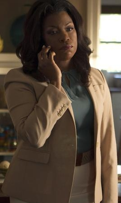 Lorraine Toussaint with Jil Sander Navy Single Breasted Blazer in Rosewood