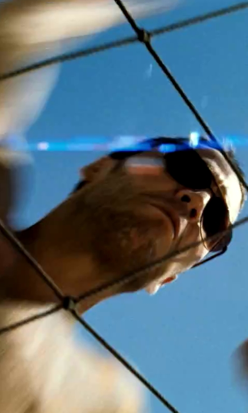 Taylor Kitsch with Tommy Bahama Captain Koi TB6023 Polarized Rectangular Sunglasses in Savages
