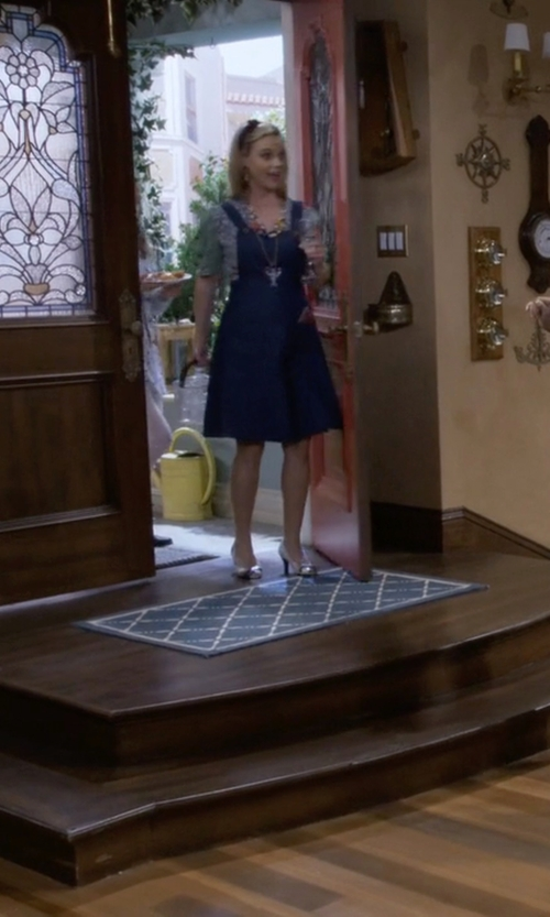 Andrea Barber with Young and Tae Libby Leather Pumps in Fuller House