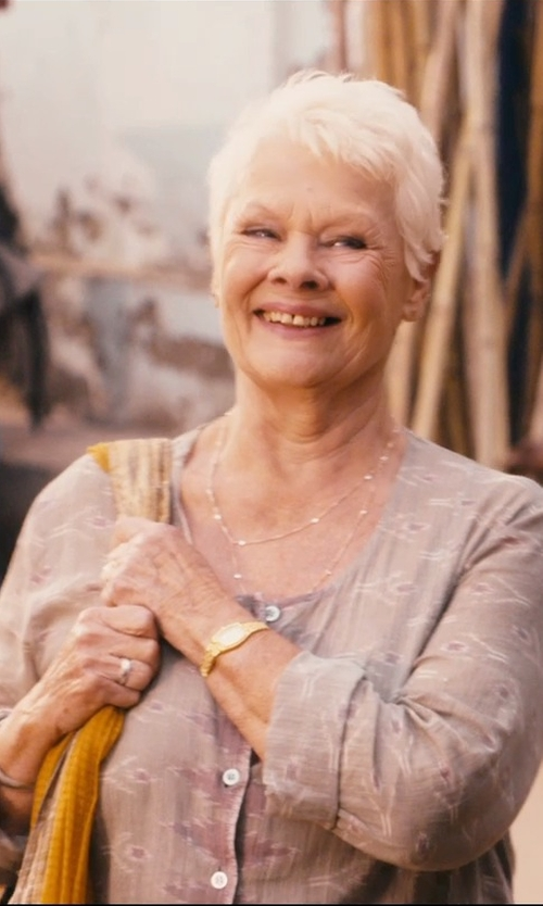 Judi Dench with De Beers Platinum Wide Court Wedding Band Ring in The Second Best Exotic Marigold Hotel