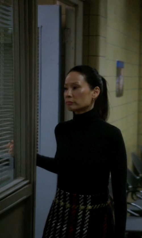 Lucy Liu with St. John Collection Nuda Fine Jersey Turtleneck Shell Top in Elementary