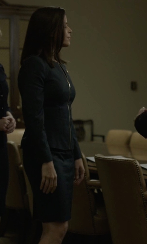 Neve Campbell with Ted Baker Staciad Chintz Curved Suit Dress in House of Cards