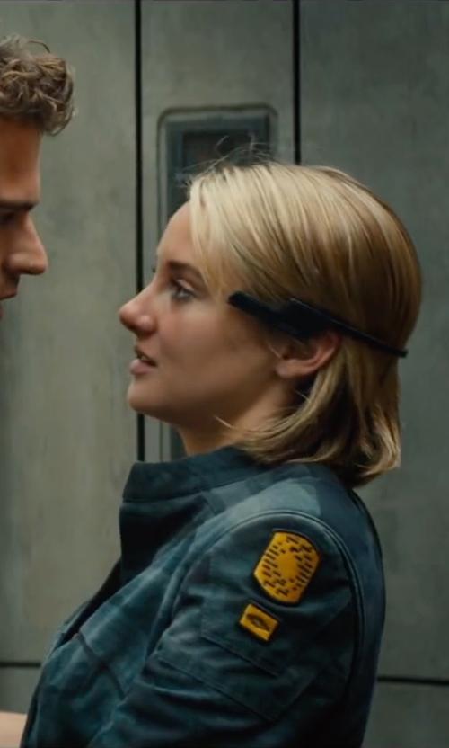 Shailene Woodley with Marlene Stewart (Costume Designer) Custom Made Jacket in The Divergent Series: Allegiant