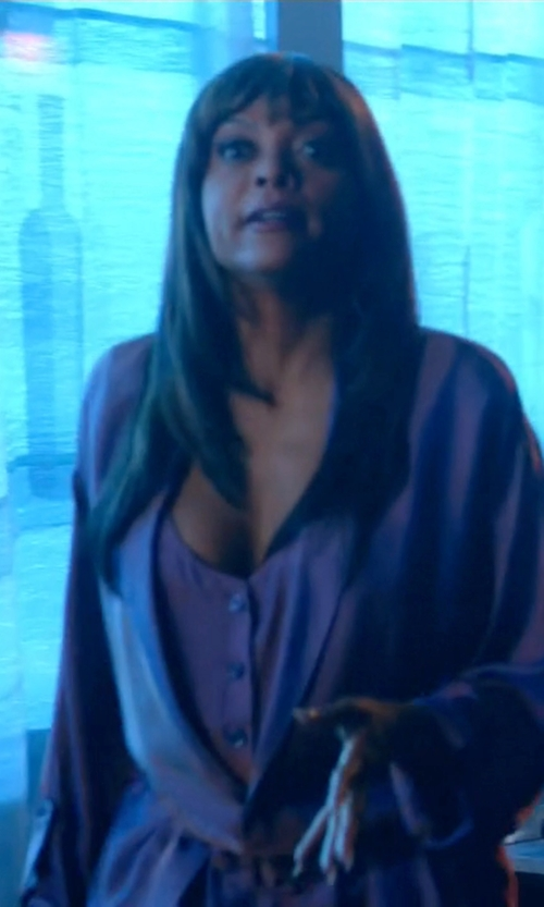 Taraji P. Henson with Jezebel Satin Kimono Robe in Empire