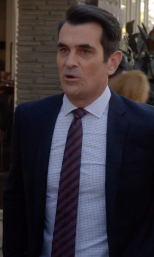 Ty Burrell with J. Crew Ludlow Suit Jacket With Double Vent in Italian Wool in Modern Family