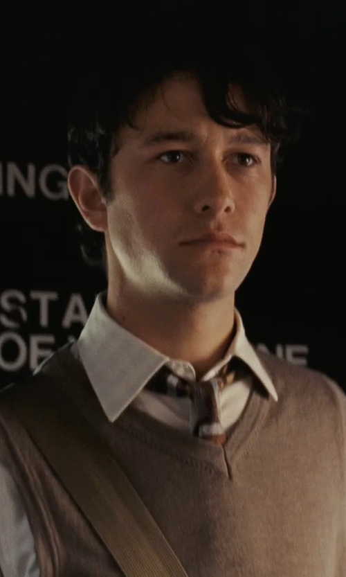 Joseph Gordon-Levitt with Polo Ralph Lauren Core Solid Sweater Vest in (500) Days of Summer