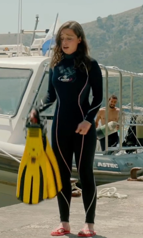 Emilia Clarke with Beuchat Alize Women 3 Full Wetsuit in Me Before You