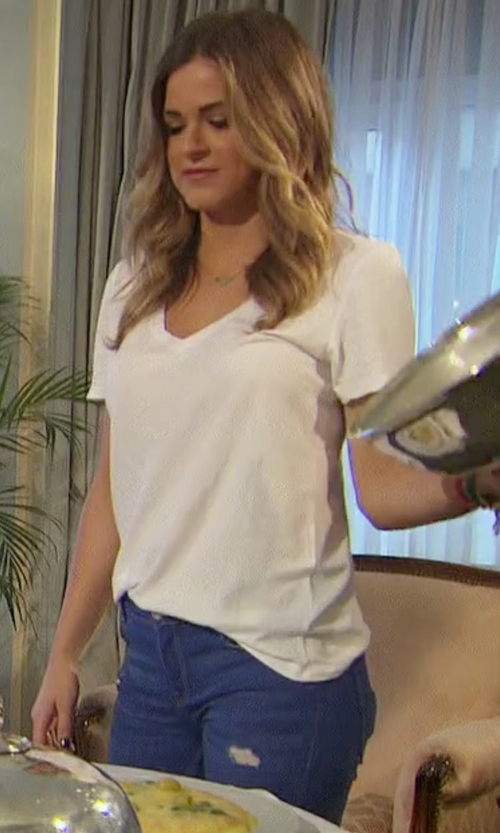 JoJo Fletcher with Old Navy Relaxed V Neck T-Shirt in The Bachelorette