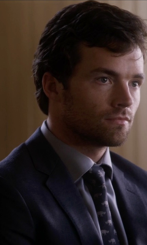 Ian Harding with Burberry Modern Fit Wool Suit in Pretty Little Liars