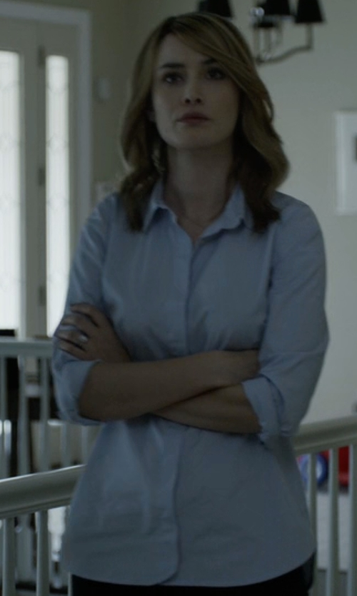 Dominique McElligott with Boy By Band Of Outsiders Button Down Shirt in House of Cards