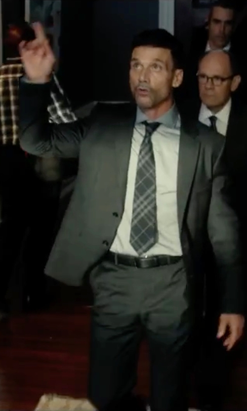 Frank Grillo with Geoffrey Beene Instinct Plaid Classic Tie in The Purge: Election Year