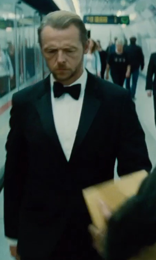 Simon Pegg with Maison Margiela Solid Two-Piece Suit in Mission: Impossible - Rogue Nation