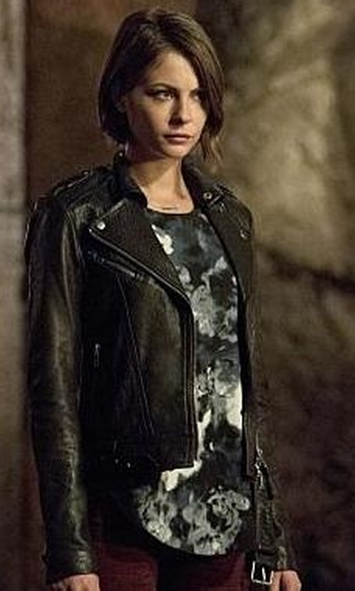 Willa Holland with Aritzia Rumer Jacket in Arrow