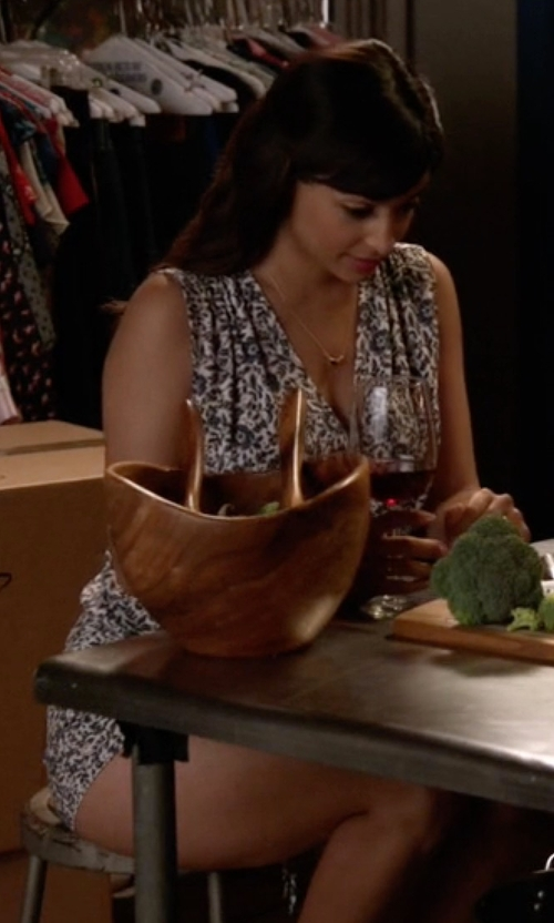 Hannah Simone with Splendid 'Friesian' Floral Print Romper in New Girl