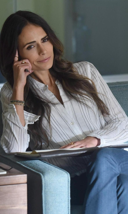 Jordana Brewster with Vince Split Striped Button Shirt in Lethal Weapon