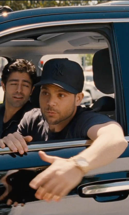 Jerry Ferrara with New Era 59Fifty New York Yankees Fitted Cap in Entourage