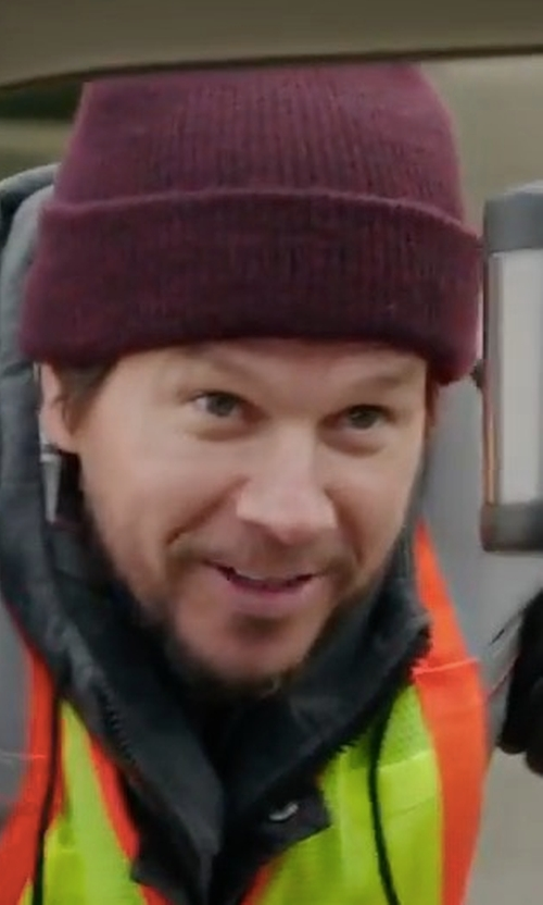 Mark Wahlberg with Active Watchcap Beanie Hat in Daddy's Home 2