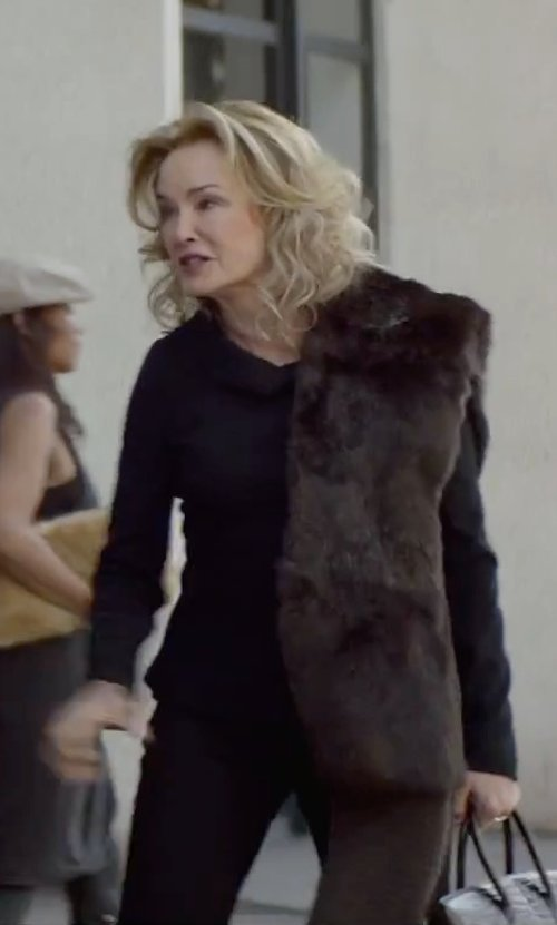 Jessica Lange with Proenza Schouler Long-sleeve Classic T-shirt in The Gambler