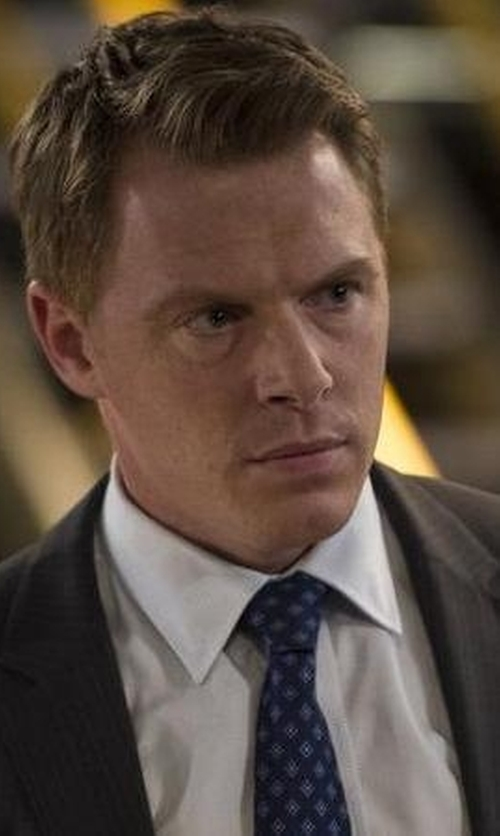 Diego Klattenhoff with Yves Saint Laurent Charcoal Pinstripe Two Button Suit in The Blacklist