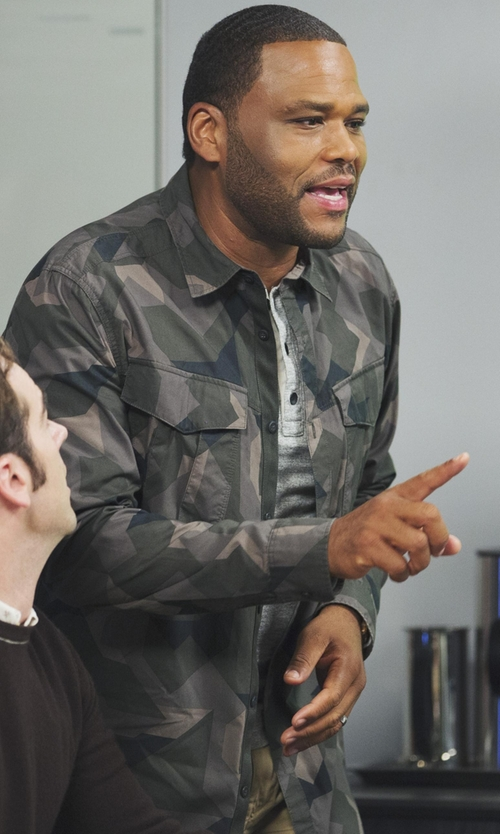 Anthony Anderson with G-Star Raw Rovic Long Sleeve Twin Pocket Shirt in Black-ish