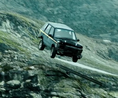 Unknown Actor with Ford 1992 Explorer XLT SUV in Point Break