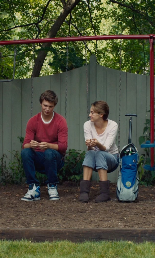 Shailene Woodley with CURRENT/ELLIOTT THE VINTAGE SWEATPANT in The Fault In Our Stars